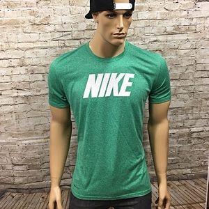 Men's Nike Dri Fit Polyester Workout T Shirt Sz L
